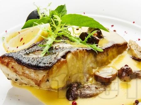 Италиански рибен сос с масло и яйца - снимка на рецептата